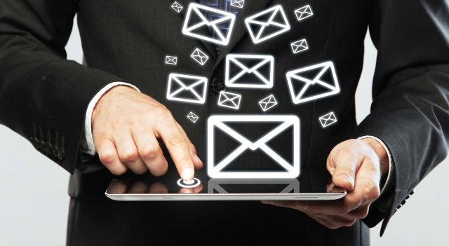 gestione campagne email marketing tramite assistente virtuale